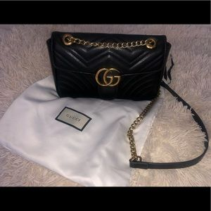 GG leather Marmont medium black Matelasse bag